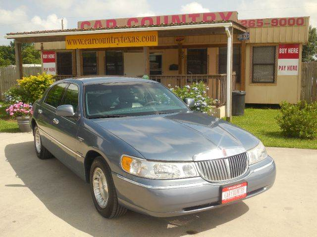 1999 lincoln town car for sale in clute tx for Factor motors le center mn