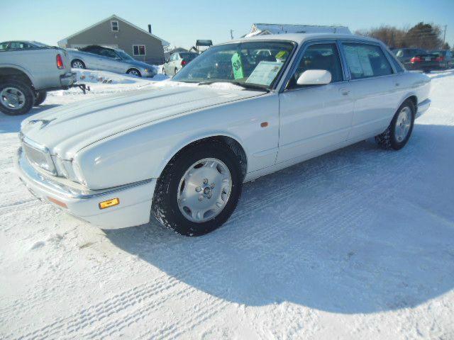 Used jaguar xj6 for sale for Quinn motors shakopee mn