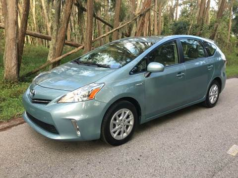 2014 Toyota Prius v for sale in Lutz, FL