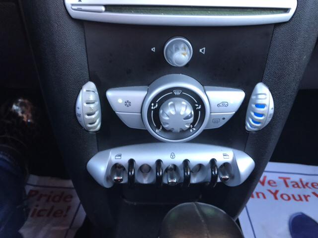 2010 MINI Cooper Base 2dr Hatchback - Greenville NC