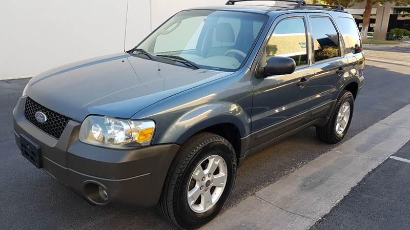 Used Cars in Las Vegas 2005 Ford Escape