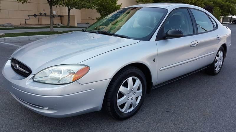 Used Cars in Las Vegas 2002 Ford Taurus