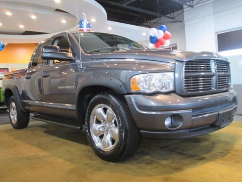 2004 Dodge Ram Pickup 1500 for sale in Elmhurst, IL