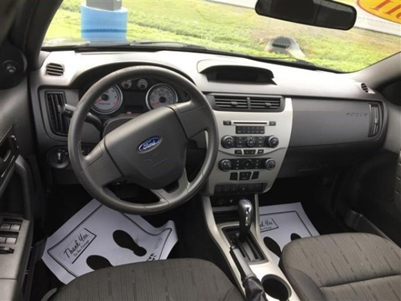 2011 Ford Focus SE 4dr Sedan - Massena NY