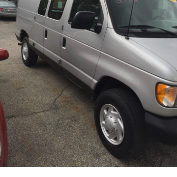 2000 Ford E-250 for sale in Toledo OH