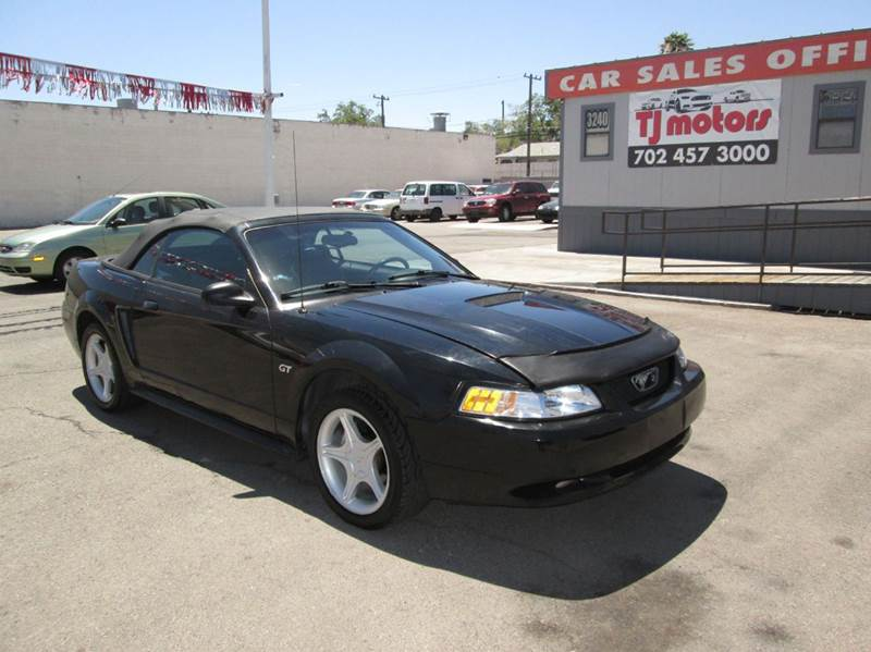 Used Cars in Las Vegas 2000 Ford Mustang