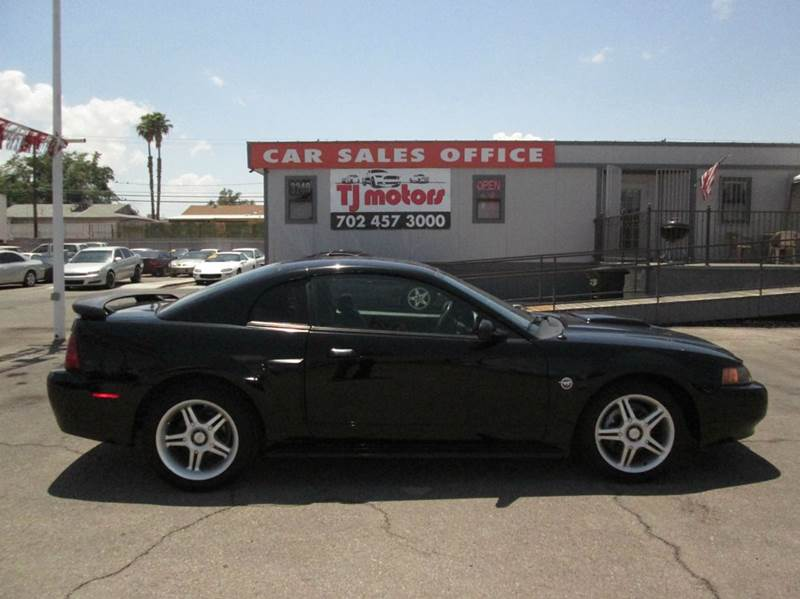 Used Cars in Las Vegas 2004 Ford Mustang