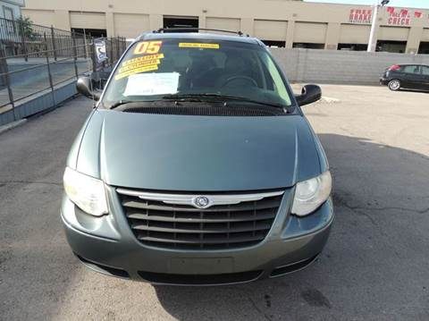 Chrysler town and country for sale in las vegas nv for Cartwright motors las vegas nv