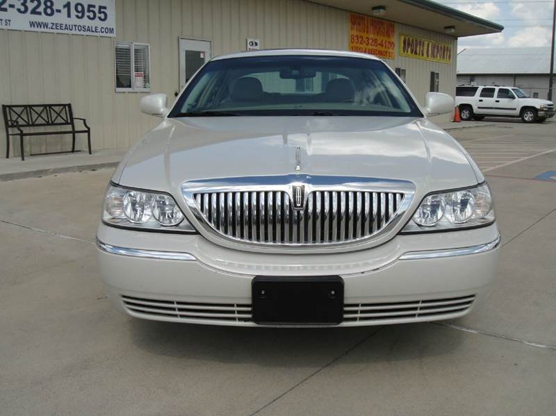 2006 lincoln town car signature limited 4dr sedan in houston tx zee auto sales. Black Bedroom Furniture Sets. Home Design Ideas