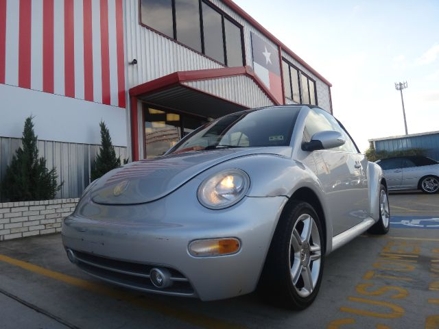 2005 Volkswagen New Beetle for sale in Houston TX