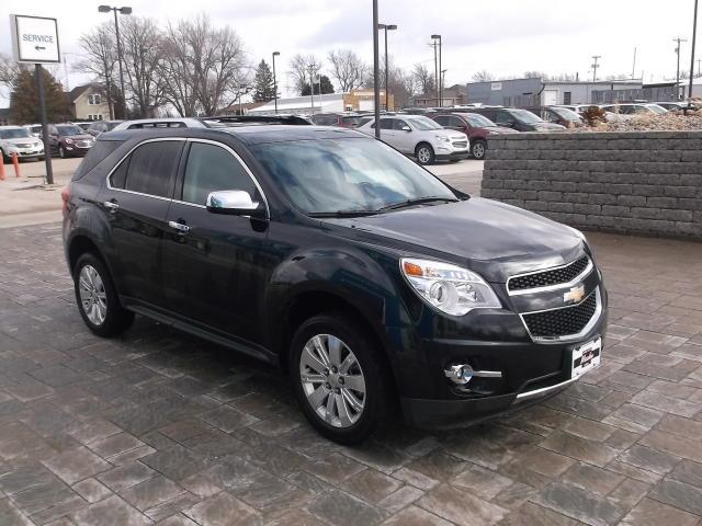 how to remove cargo cover on a 2014 chevy equinox autos post. Black Bedroom Furniture Sets. Home Design Ideas