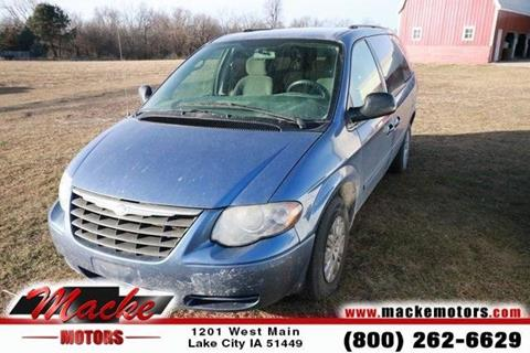 2007 chrysler town and country for sale in iowa for Macke motors lake city iowa