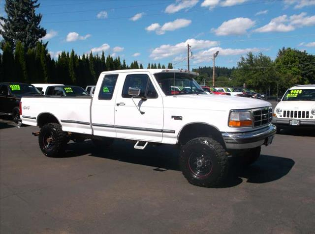 used 1995 ford f 250 in gresham or at bickmore auto sales. Black Bedroom Furniture Sets. Home Design Ideas