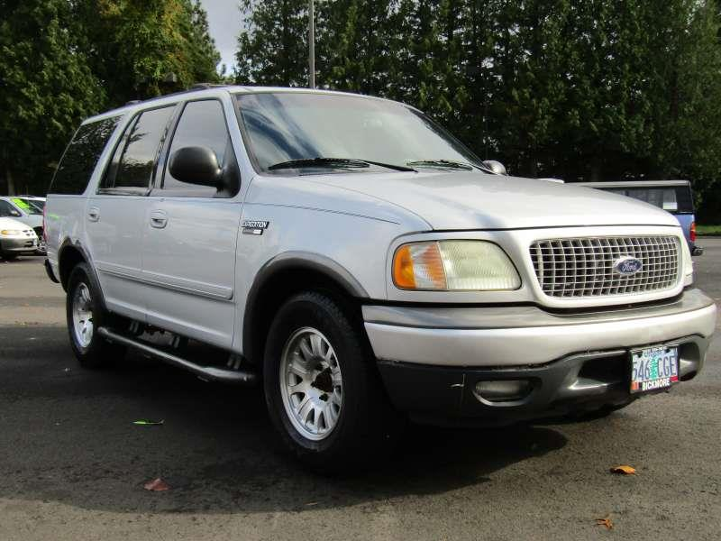 2002 Ford Expedition XLT 2WD 4dr SUV