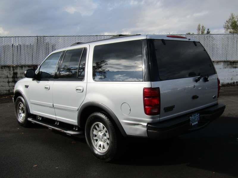 2002 Ford Expedition XLT 2WD 4dr SUV In Gresham OR