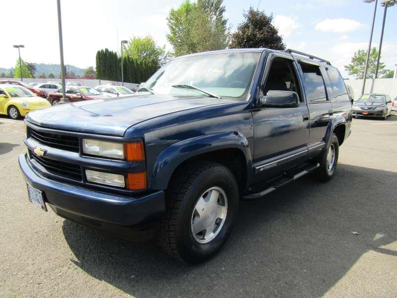 2000 Chevrolet Tahoe LimitedZ71 4dr Z71 4WD SUV In Gresham OR