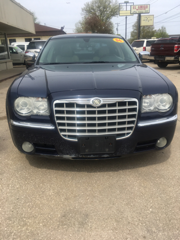 2006 Chrysler 300 C 4dr Sedan - Des Moines IA
