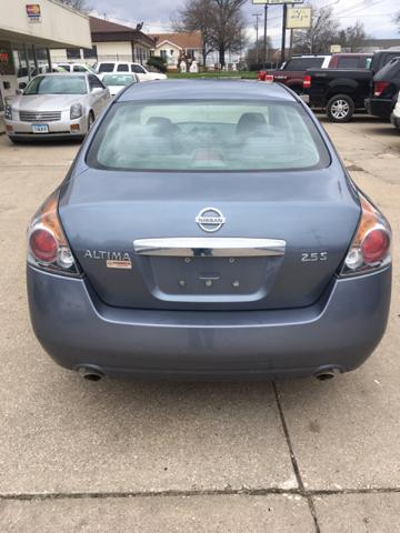 2010 Nissan Altima 2.5 S 4dr Sedan - Des Moines IA