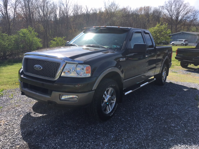 2005 Ford F-150 4dr SuperCab Lariat 4WD Styleside 6.5 ft. SB - Claysburg PA