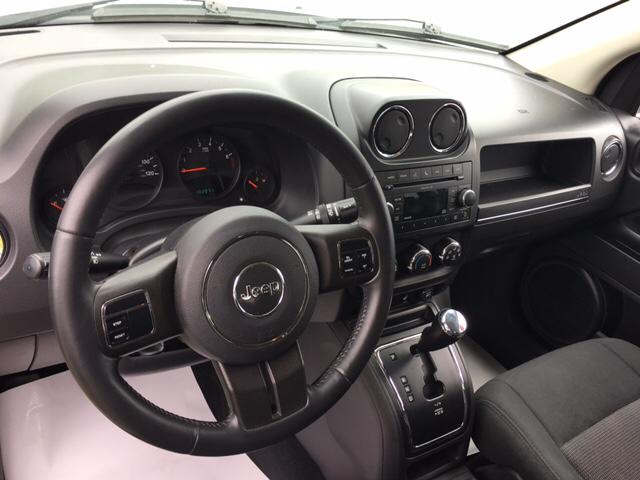 2011 Jeep Compass 4x4 Latitude 4dr SUV - Claysburg PA