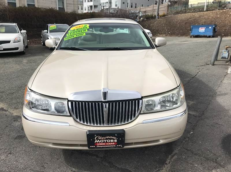 2002 Lincoln Town Car Cartier 4dr Sedan In Worcester Ma Cheyenne