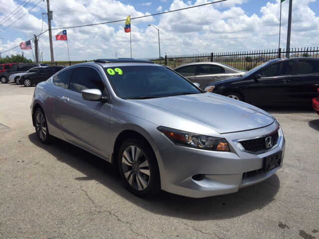 used honda accord coupe for sale cargurus. Black Bedroom Furniture Sets. Home Design Ideas