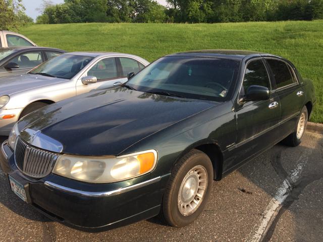 2002 Lincoln Town Car Executive L 4dr Sedan - Eden Prairie MN
