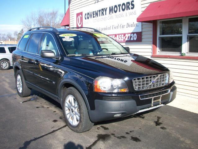 Used 2006 volvo xc90 v8 in crystal lake il at coventry for 6167 motors crystal city mo
