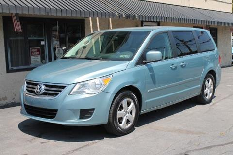 2010 Volkswagen Routan for sale in Taylor, PA