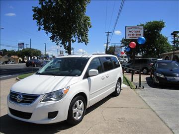 2011 Volkswagen Routan for sale in Austin, TX