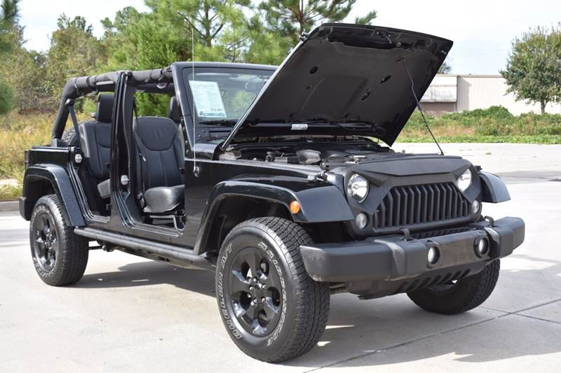 2015 Jeep Wrangler Unlimited Sahara Unlimited 4x4 4dr Suv