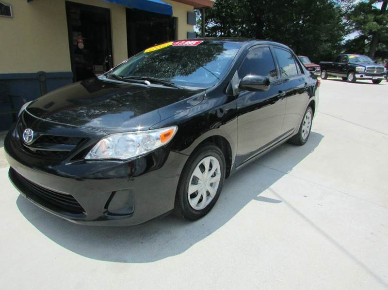 2011 TOYOTA COROLLA LE 4DR SEDAN 4A black cute little loaded out toyota that should get you aroun