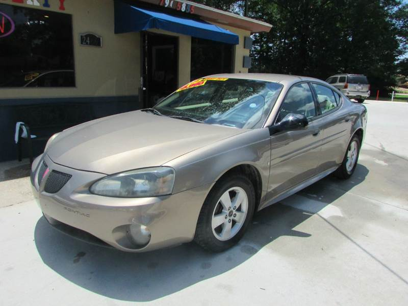 2006 PONTIAC GRAND PRIX BASE 4DR SEDAN tan clean car the interior is super nice great ride and