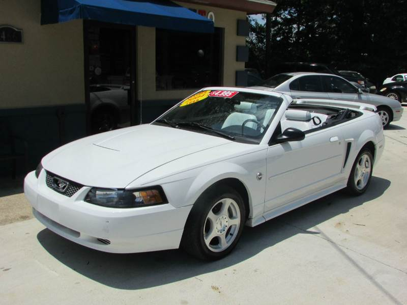 2004 FORD MUSTANG DELUXE 2DR CONVERTIBLE while ford mustang an american icon the embodiment of f