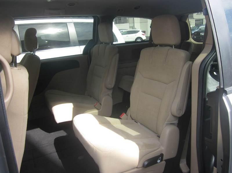 2016 Dodge Grand Caravan SXT 4dr Mini-Van - Whitehall PA