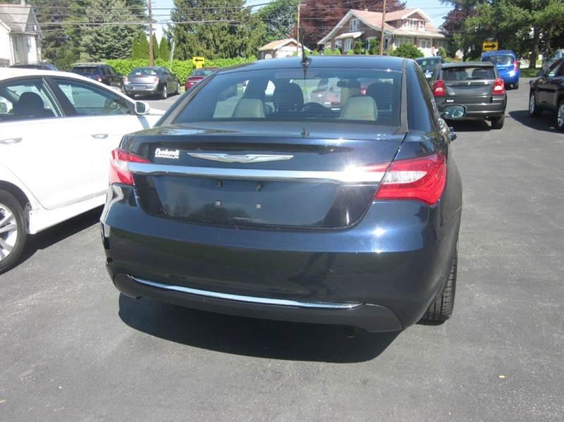 2012 Chrysler 200 Touring 4dr Sedan - Whitehall PA