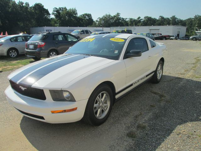 used 2007 ford mustang v6 deluxe 2dr coupe in pensacola fl. Black Bedroom Furniture Sets. Home Design Ideas