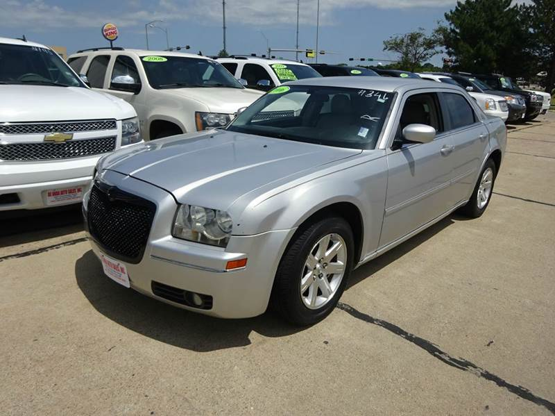 2006 chrysler 300 touring 4dr sedan in south sioux city ne. Black Bedroom Furniture Sets. Home Design Ideas