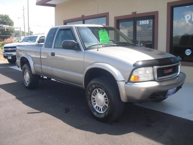 2001 gmc sonoma sls 2dr extended cab 4wd sb in bristol tn parkway auto sales. Black Bedroom Furniture Sets. Home Design Ideas