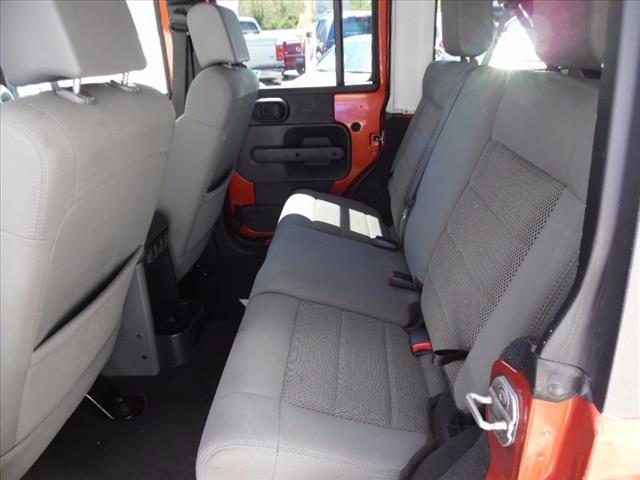2009 Jeep Wrangler Unlimited 4x4 Sahara 4dr SUV - Bristol TN