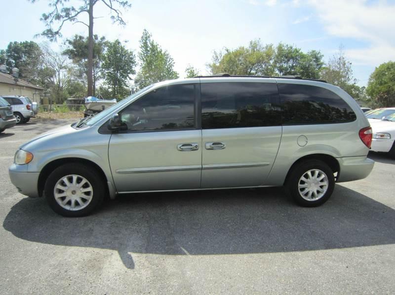 2003 Chrysler Town and Country LX 4dr Mini Van - Longwood FL