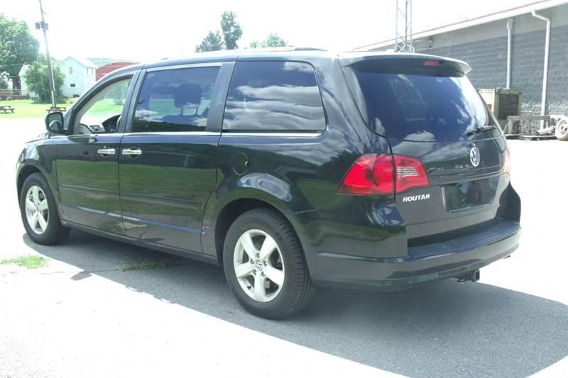 2013 Volkswagen Routan Sel Premium 4dr Mini Van In