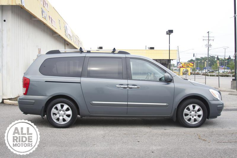2007 hyundai entourage limited 4dr mini van in norfolk va