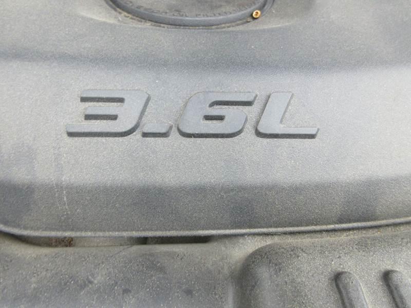 2011 Jeep Grand Cherokee 4x4 Overland 4dr SUV - Duxbury MA
