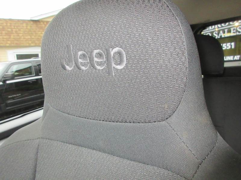2004 Jeep Grand Cherokee 4dr Freedom Edition 4WD SUV - Duxbury MA