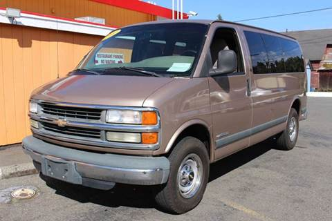 2001 Chevrolet Express for sale in Shelton, WA