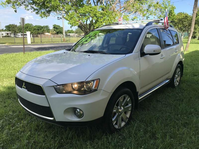 2013 MITSUBISHI OUTLANDER SPORT LE AWD 4DR CROSSOVER whi 2013 mitsubishi outlander third row seat