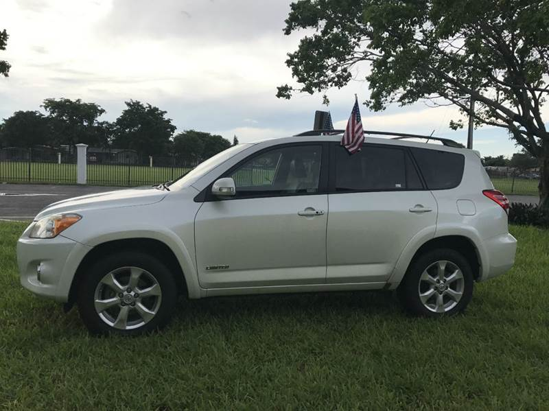 2010 TOYOTA RAV4 LIMITED 4DR SUV V6 whit 2010 toyota rav4 limited 4dr suv   this vehicle is exterm