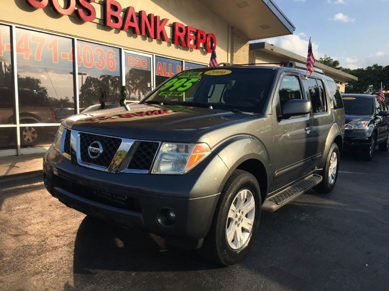 2006 NISSAN PATHFINDER LE 4DR SUV 4WD gray 2006 nissan pathfinder le sport   this vehicle is exte