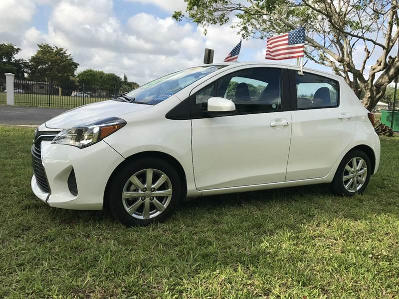 2016 TOYOTA YARIS 5-DOOR SE 4DR HATCHBACK 4A whi 2016 toyota yaris  sport eco boost sport this ve